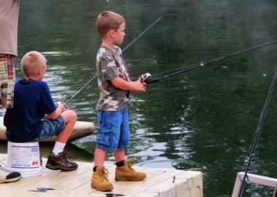 Kids-fishing-2